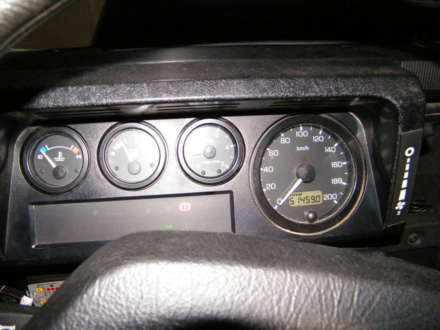 DEFENDER2NET  View topic  Td5 Genuine Rev Counter