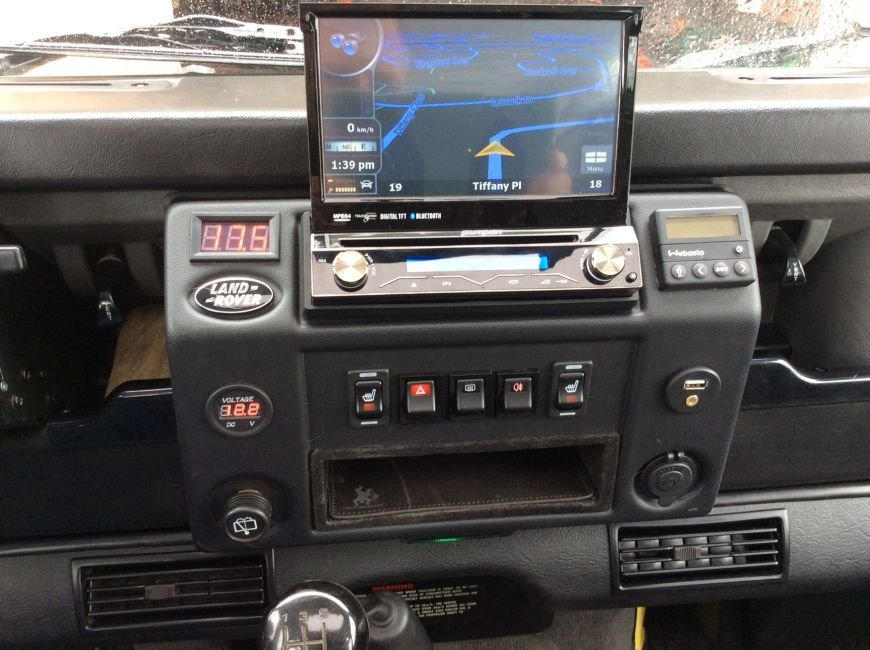 DEFENDER2.NET - View topic - 2001 TD5 90 double din possible?
